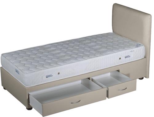 Happy Dreams легло с чекмеджета super bed
